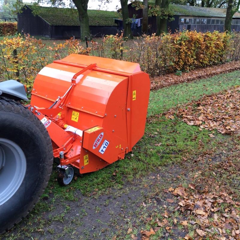 Ortolan T10-pickup Klepelmaaier met opvang geleverd!
