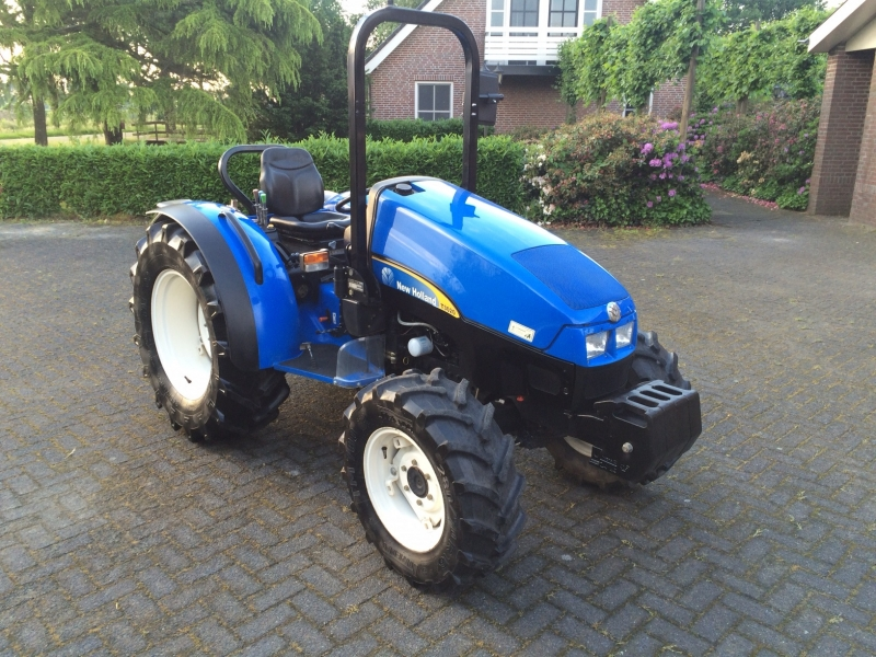 New Holland T3030 geleverd!